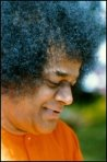 Sathya Sai Baba - The Holy Man And The Psychiatrist