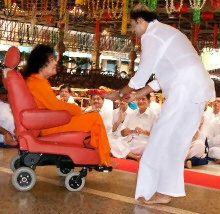 Rajinikanth With Sathya Sai Baba