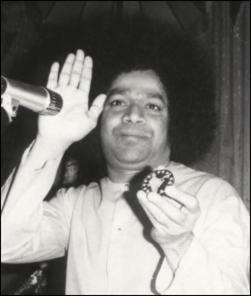 Pictures Sathya Sai Baba Life Love Spirituality