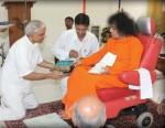 Ever Young Sathya Sai Baba In Sai Shruti Kodai April 2009 At Age 83