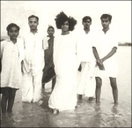 Sathya Sai Baba Early Days At The Chitravathi River