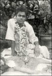 Old Gold Picture Of Sathya Sai Baba