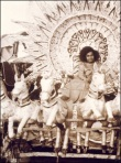 Beautiful Rare Picture Of Sathya Sai Baba
