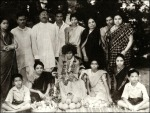 Beautiful Old Image Of Sathya Sai Baba