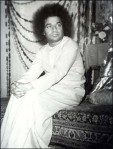 Rare Old Pic Of Sathya Sai Baba