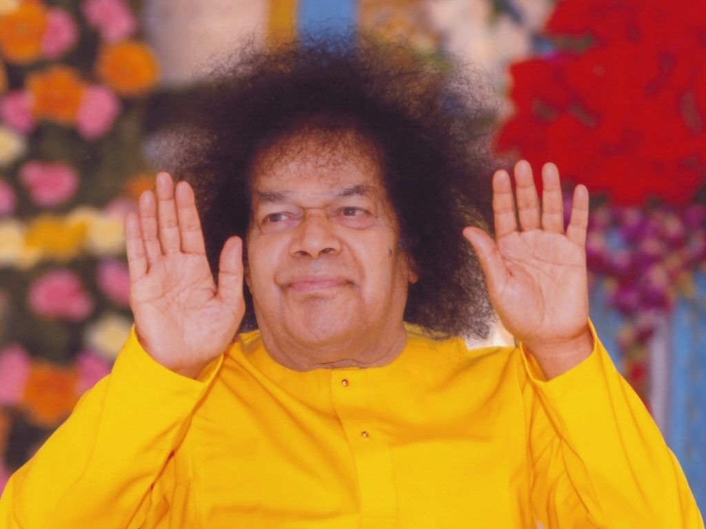 Sathya Sai Baba hand photo.